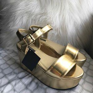 Gold creeper platform sandals